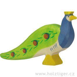Páv – pták vyřezaný zedřeva