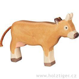 Hnědá kravička stojící – dřevěné zvířátko